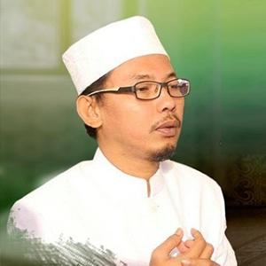 KH. Bisri Adib Hattani